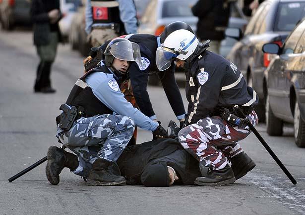 montreal_protest_turnedriot.jpeg
